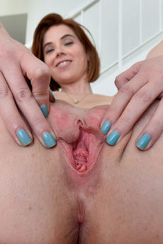 Sweet faced MILF Pepper spreading and flicking her bean