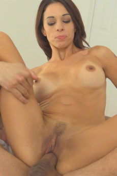Hot body MILF Eva takes on a hard cock and sucks out all the cum